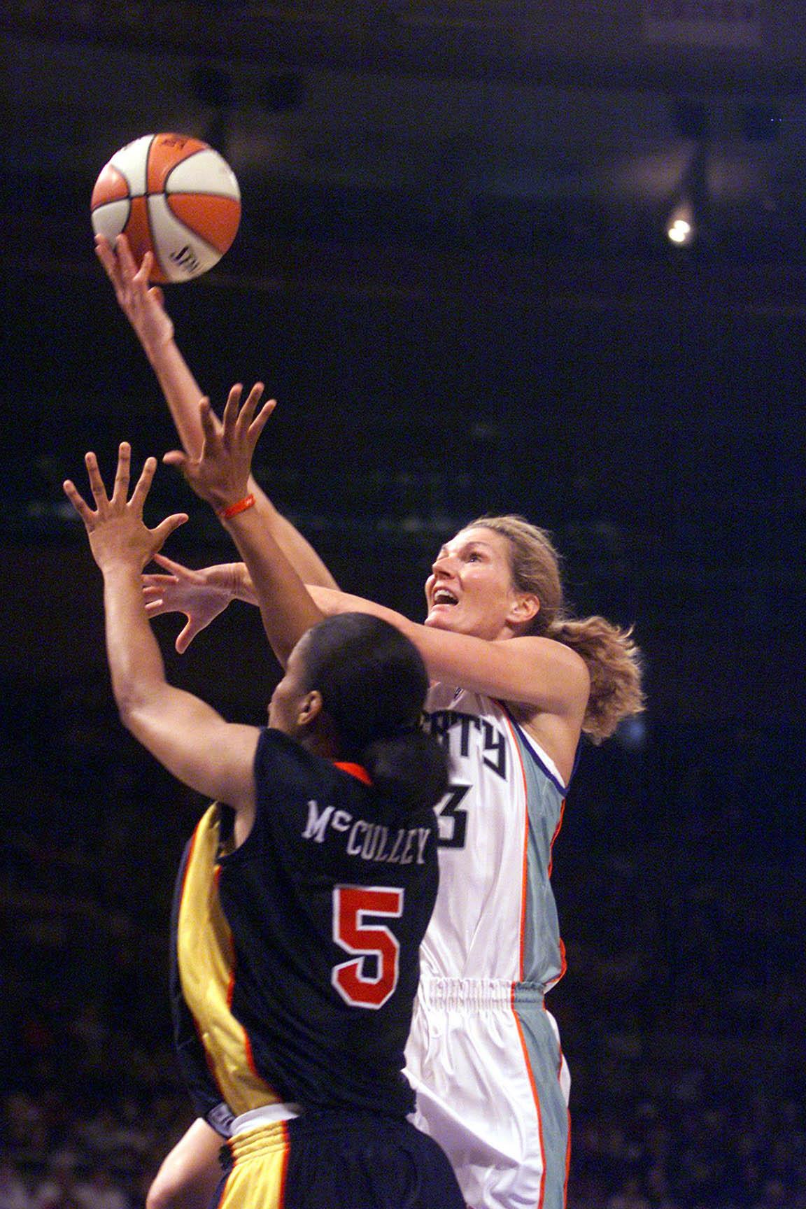06/02/01 NY Liberty v.  Madison Square Garden Liberty's Sue Wicks